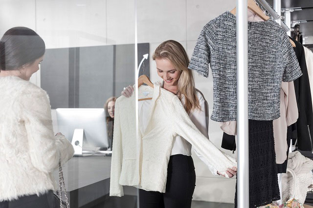 5 Tips For Hiring A Personal Stylist To Enhance Your Professional Wardrobe